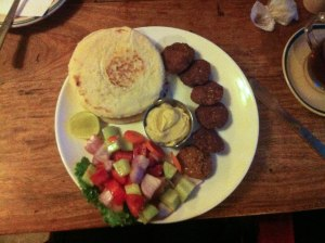 Falafel with pitta bread